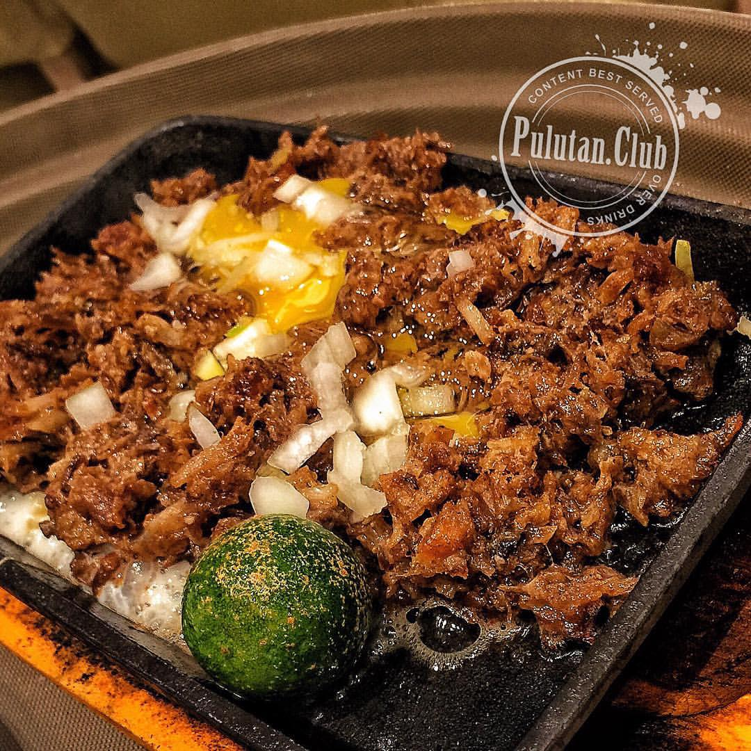 You Won't Expect It But This Sisig Was Pretty Good!
