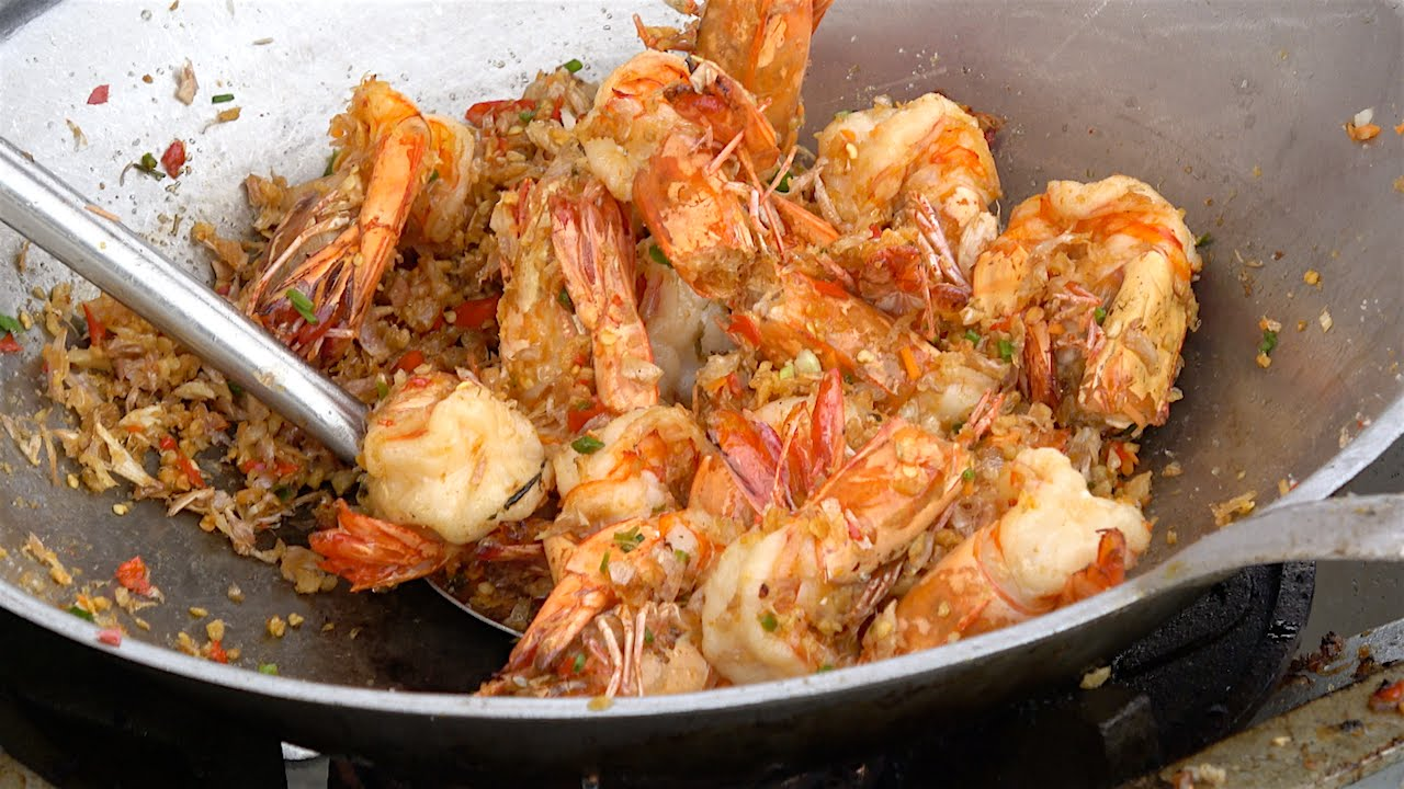 Garlic Pepper King Prawns and Soft Shelled Crab Fried Rice