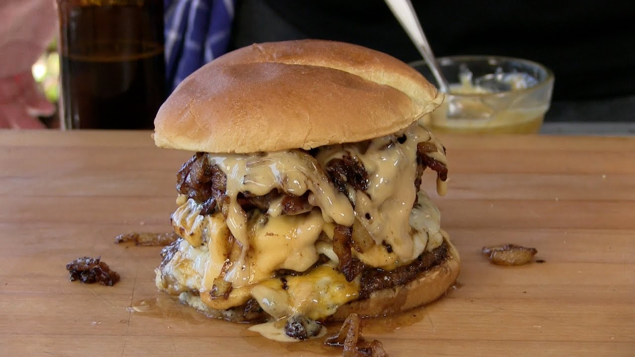 4 Reasons to FALL in LOVE with this BURGER recipe..