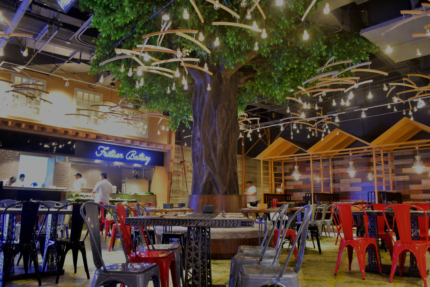 A Food ALLEY to CONQUER ALL Food PARKS