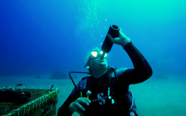Underwater Winery makes you Dive for your DRINKS