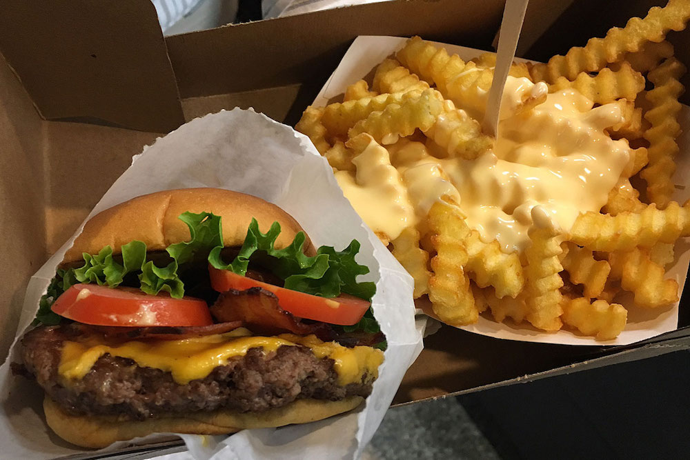 Welcome to the Philippines Shake Shack!!!